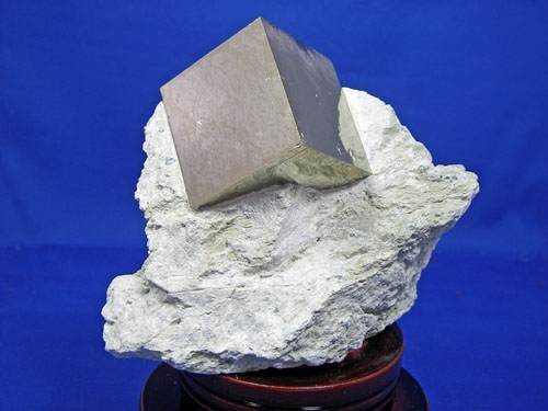 PYRITE CRYSTAL CUBES #L28