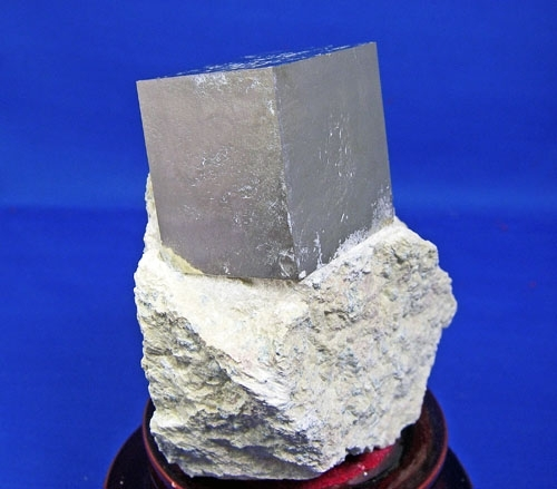 PYRITE CRYSTAL CUBES #L29
