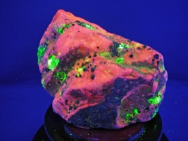 FRANKLIN FLUORESCENCE ROCK #F108