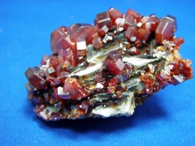 VANADINITE CRYSTALS #18