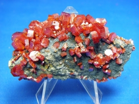 VANADINITE CRYSTALS #19
